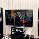 Na Audio Show 2014 premierę miał nowy system dźwięku dookólnego Dolby Atmos, z dodatkowymi głośnikami efektowymi, skierowanymi w sufit. Niecodzienne wrażenia zapewniały kolumny KEF z serii R.