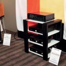 Niewielkie monitorki Sound Project Nina może i wyglądają filigranowo, ale nie dał im rady nawet Rammstein.